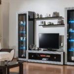 шкаф в гостиной идеи декора