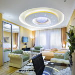 светильники для натяжных потолков идеи интерьера