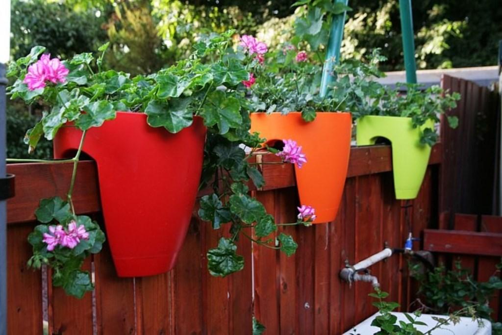 вазоны для цветов из пластика