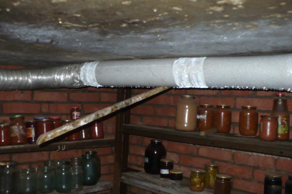 вентиляция погреба из канализационных труб