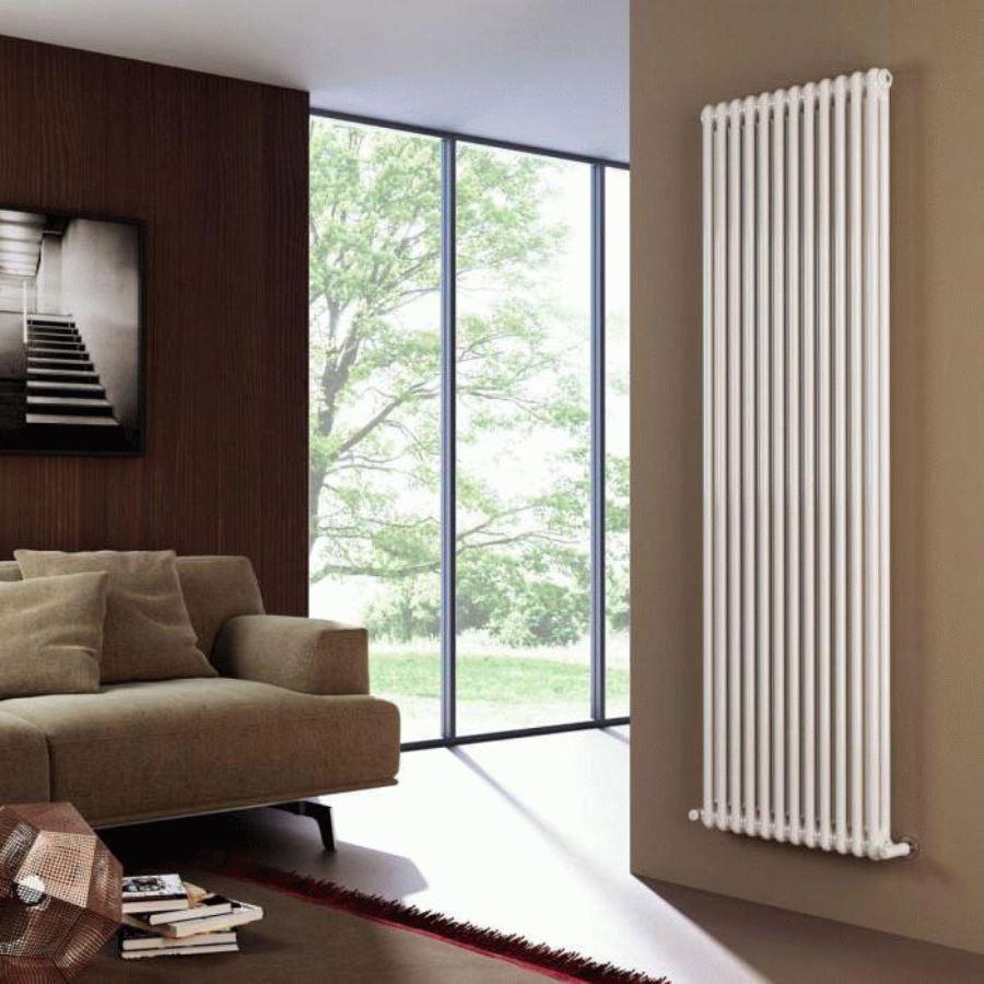 вертикальный радиатор отопления фото