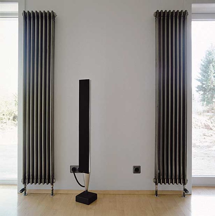 вертикальный радиатор отопления из чугуна